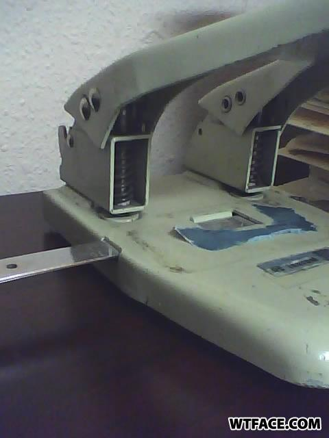 Holepunch1